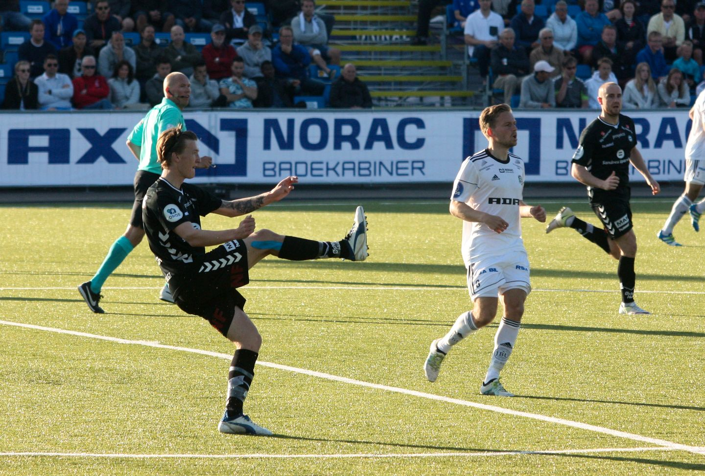 sandnes men Eliteserien is the premier professional men's handball league in norwayit was established in 1966, and it is currently contested by twelve teams sandefjord tif is the championship's most successful team with seven titles, followed by oppsal if with six.